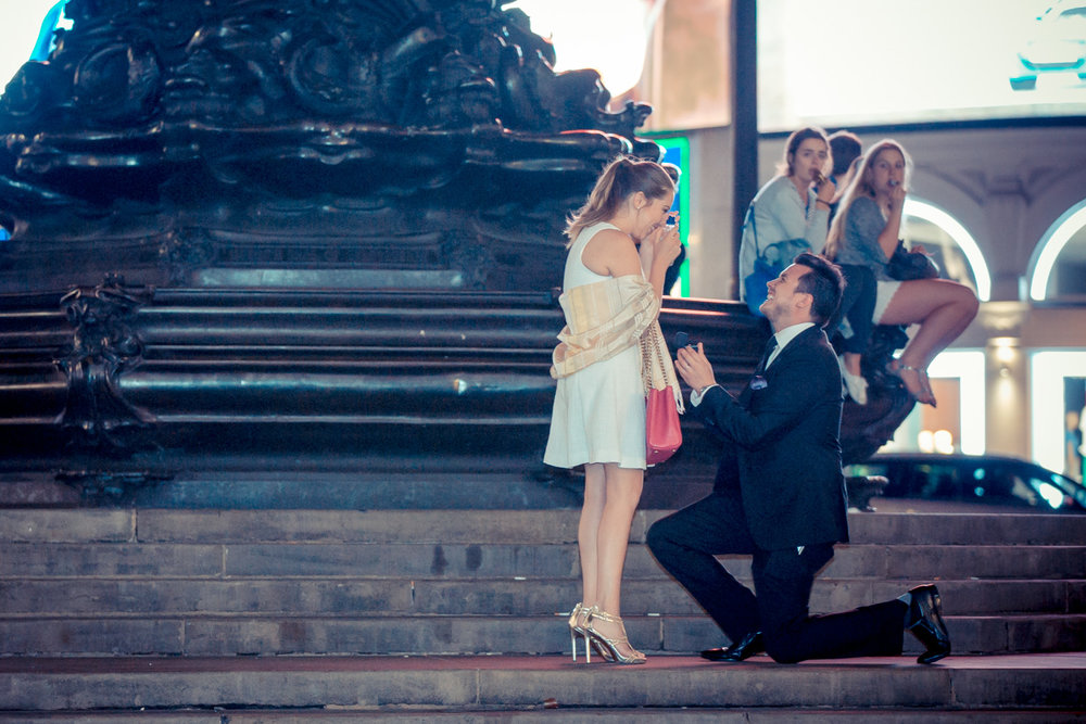 proposal-statues-in-piccadilly-circus-london1