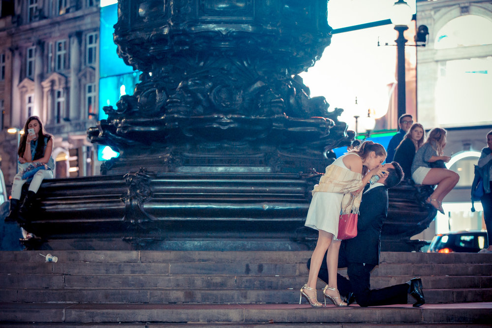 proposal-statues-in-piccadilly-circus-london2
