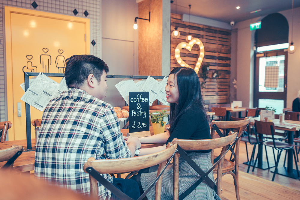 cute-cafe-couple-at-crepeaffaire-photoshoot-jpg2
