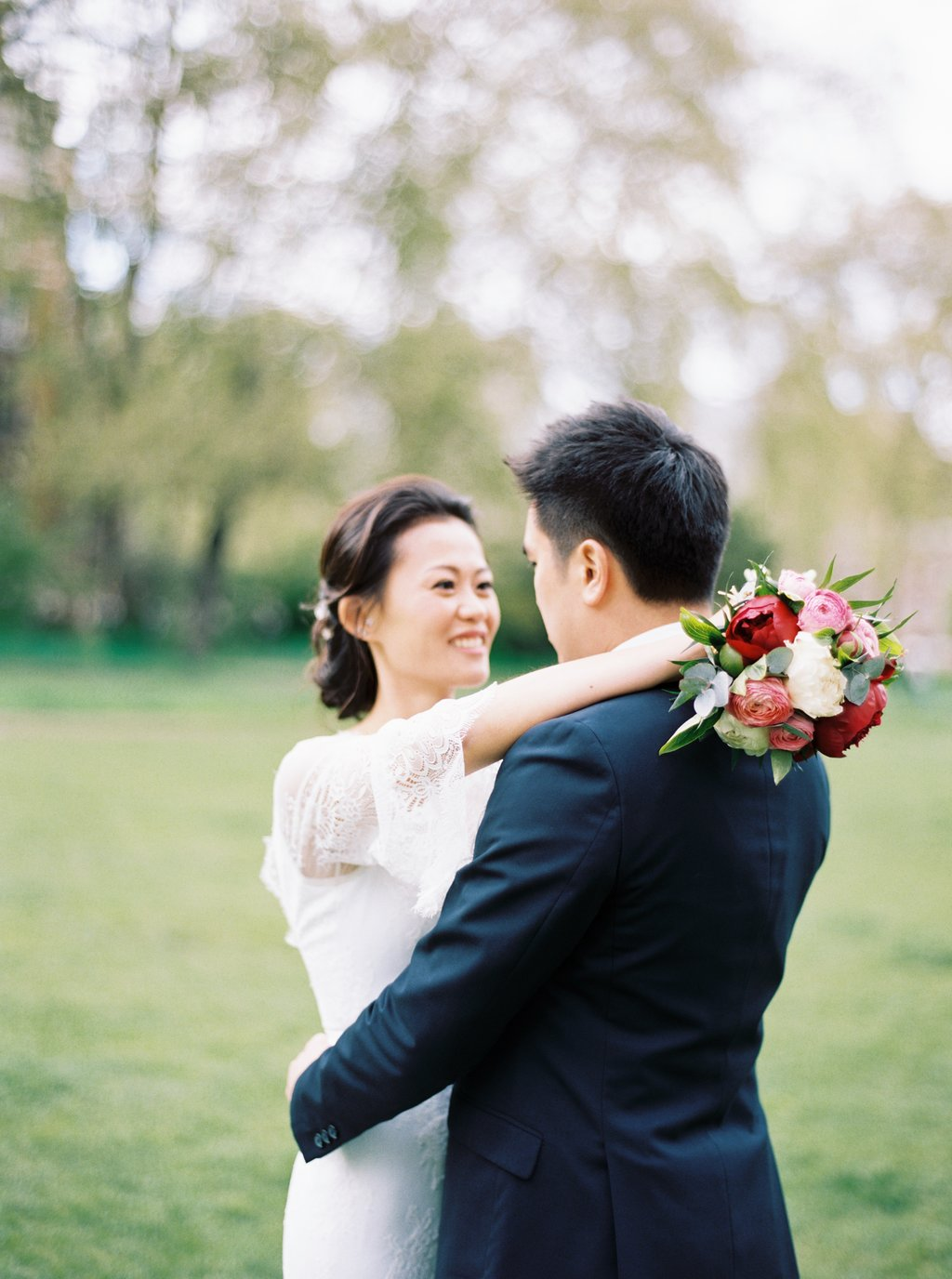 Oversea per wedding photography London Westminster House of Parliment couple shoot